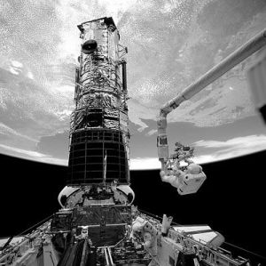 Shuttle & Hubble: no Chinese for us please